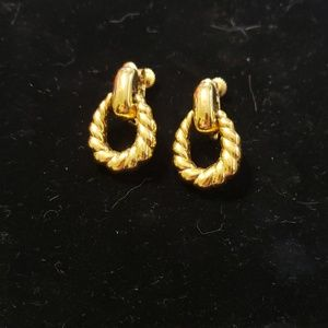 Vintage Napier Clip-on Earrings